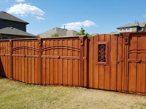 TWP 116 Rustic Fence