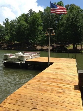 Honeytone 115 Pine Dock