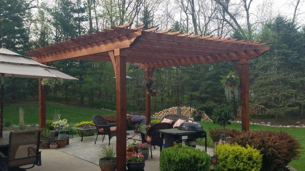 TWP 1516 Rustic on Cedar Overhang