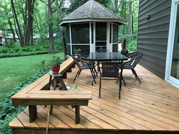 TWP 101 Cedartone on Cedar wood Deck