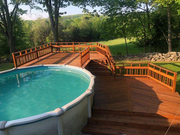 TWP 1530 Natural on Pool Deck