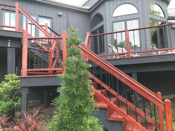 TWP 1516 on wood railings